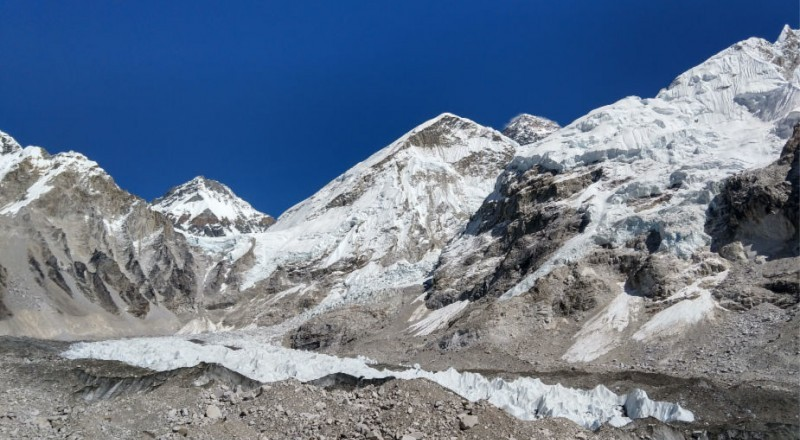 How hard is Everest Base Camp
